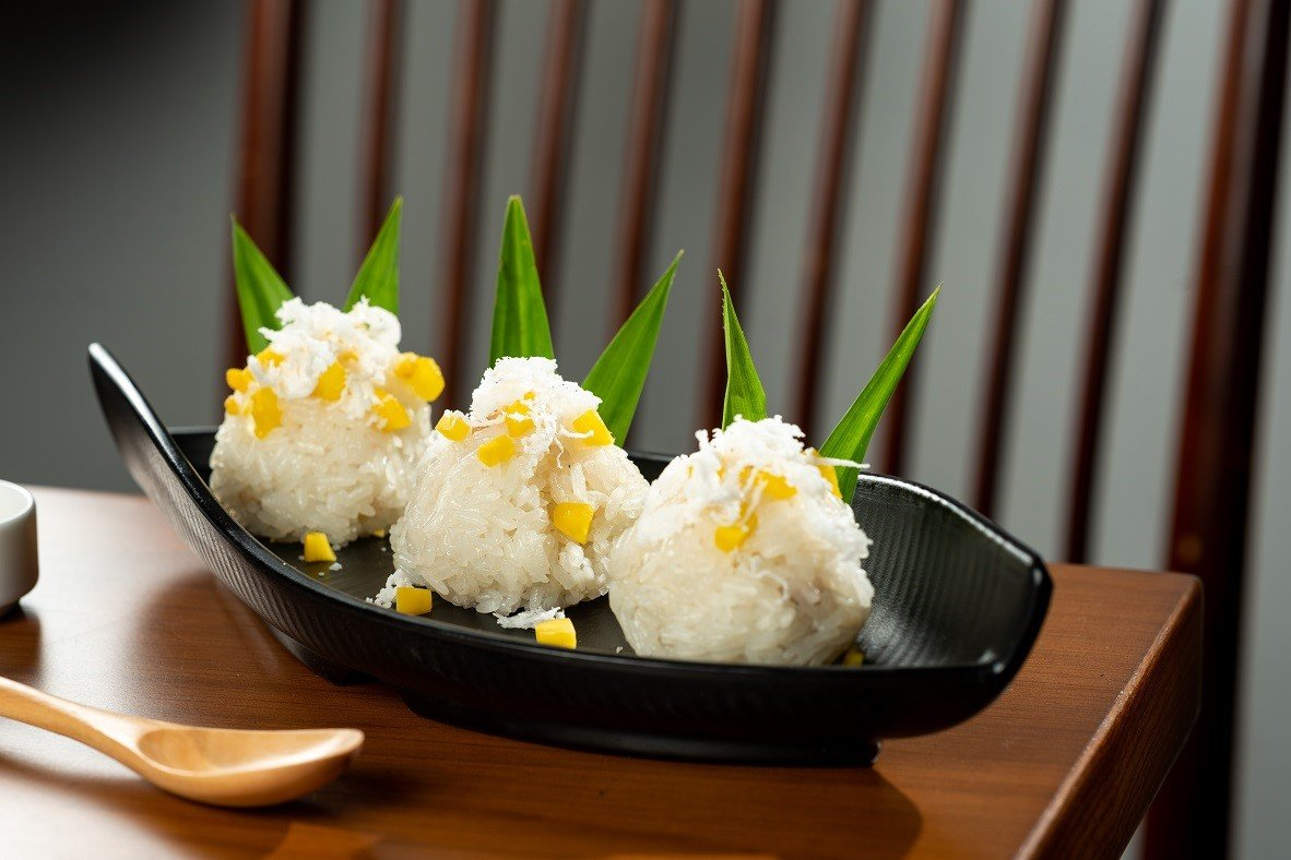 Sticky Rice with Mango and U.S. Yellow Split Peas