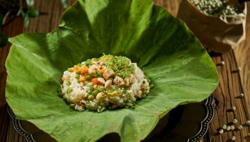 Rice with U.S. Green Peas Steamed in Lotus Leaf
